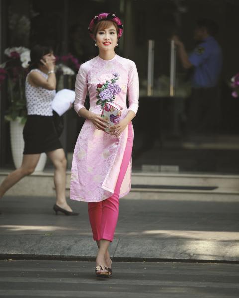 Bí quyết chọn áo dài cách tân đẹp cho mọi vóc dáng